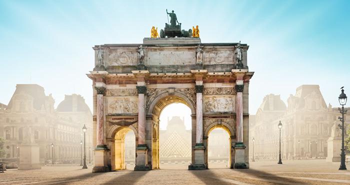 L'arc du Carrousel du musée du Louvre
